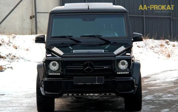 Mercedes-Benz G-55 вид спереди